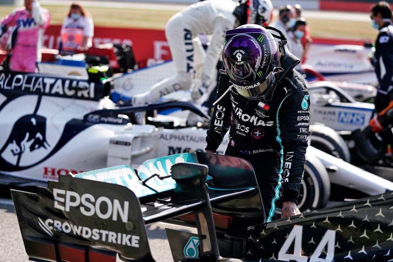 ルイス・ハミルトン 「半分のタイヤでレースをしている感覚だった」 / メルセデスF1 70周年記念GP 決勝