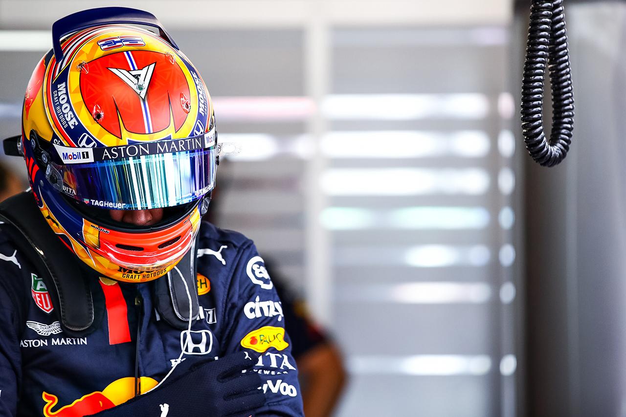 アレクサンダー・アルボン 「FP2で試したことが正しい方向に進まなかった」 / レッドブル・ホンダ F1スペインGP 金曜フリー走行