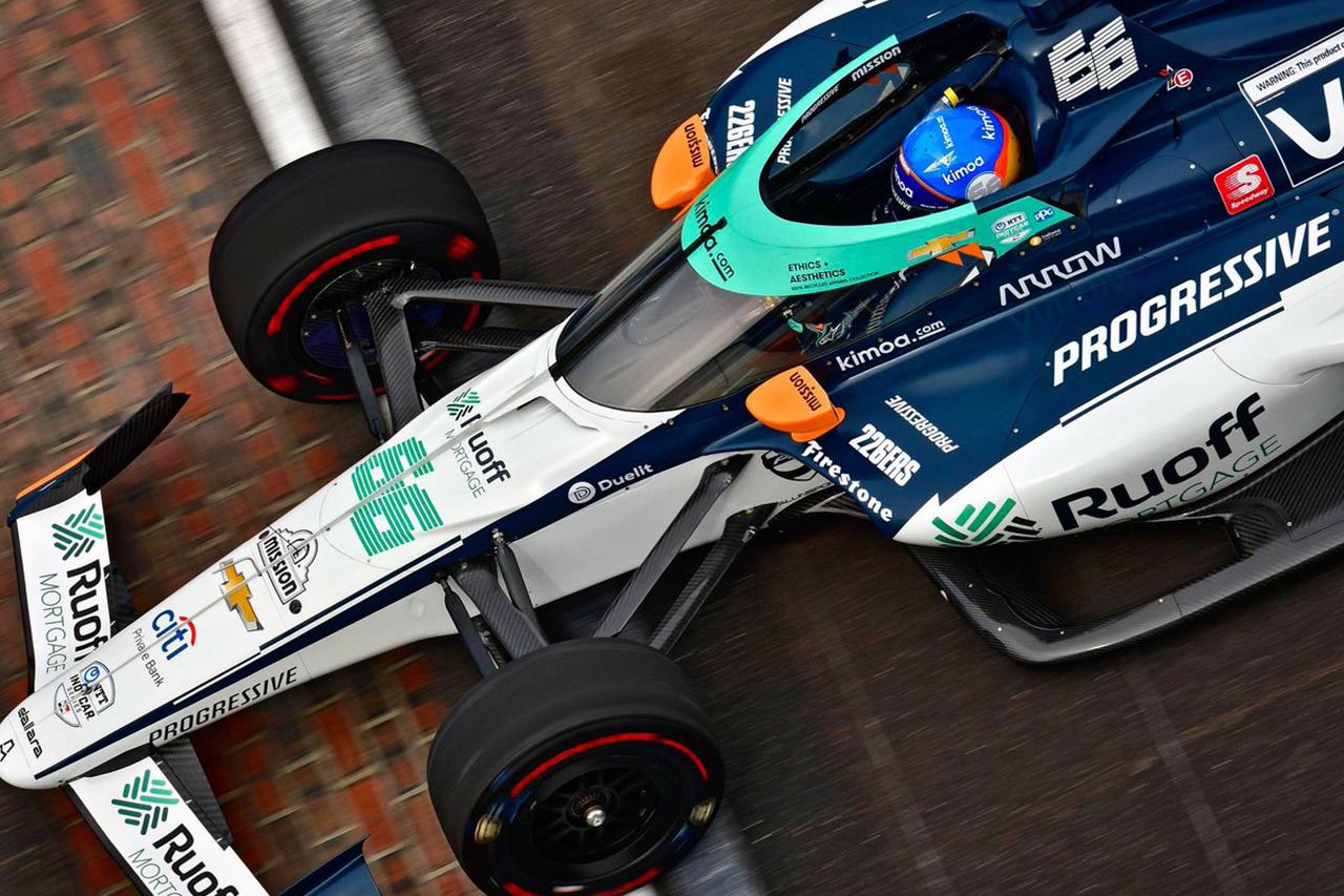 フェルナンド・アロンソ、3度目のインディ500挑戦はクラッチ故障で21位