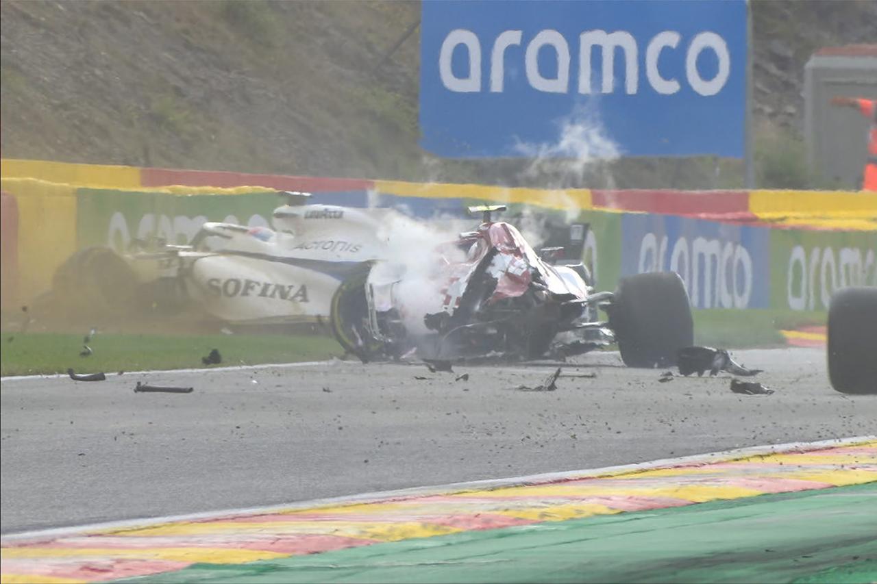 F1、アントニオ・ジョビナッツィのクラッシュ時のホイール脱落を調査
