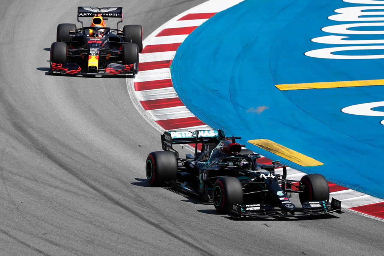 """Photo of レッドブルF1代表 """"1ストップのレースがF1を退屈している""""[F1-Gate.com]"""
