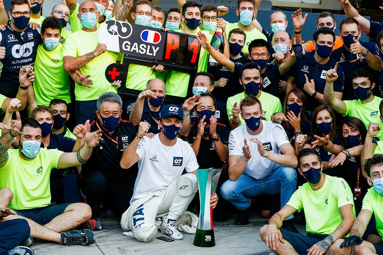 【動画】 ホンダF1、ピエール・ガスリー優勝の感動をチーム目線で密着