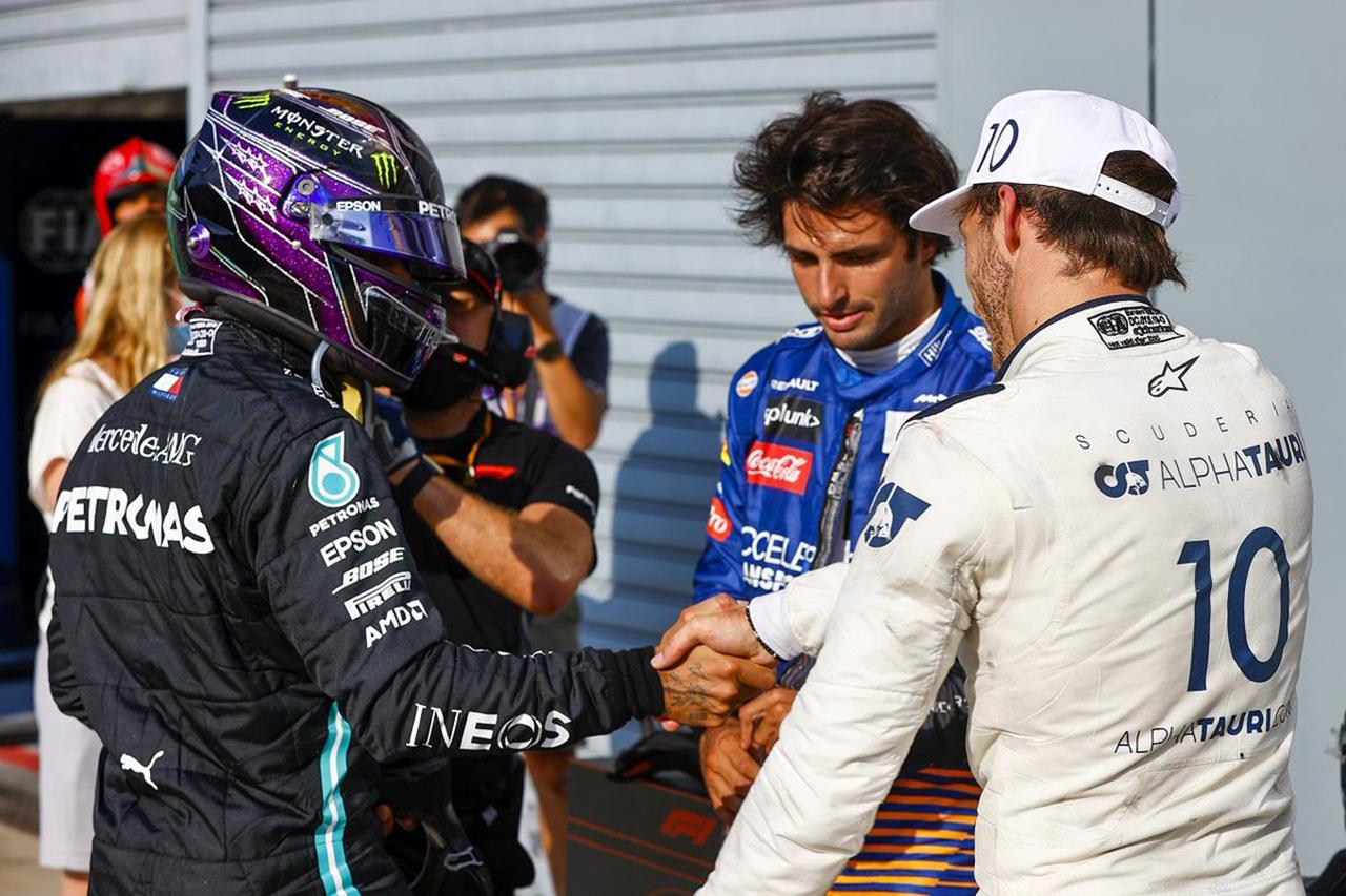 ピエール・ガスリー、F1王者ハミルトンから称賛に感激 「特別な存在」