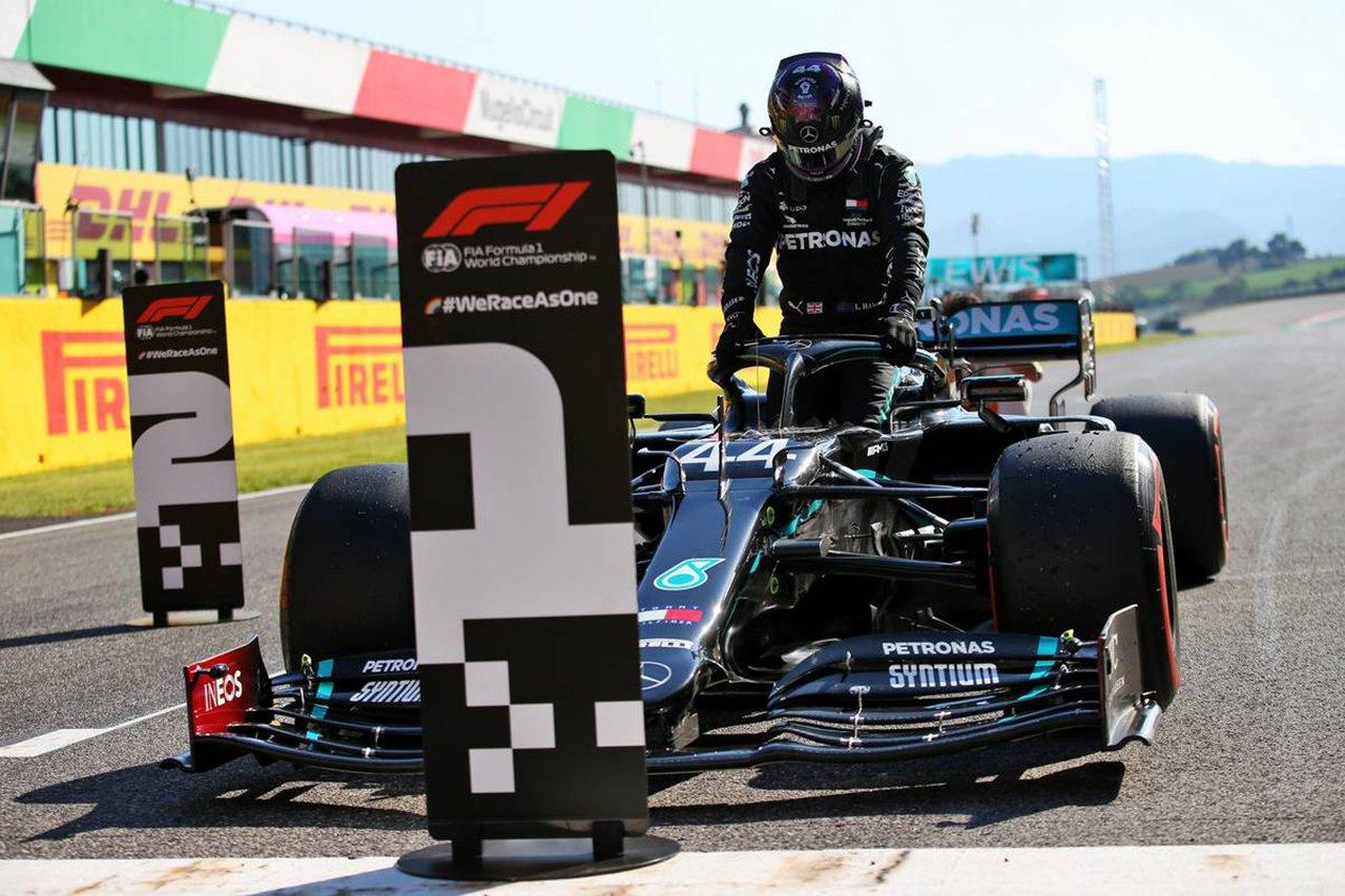 F1トスカーナGP 予選:ルイス・ハミルトンが4戦連続ポールポジション。フェルスタッペン3番手でレッドブルF1が2列目独占