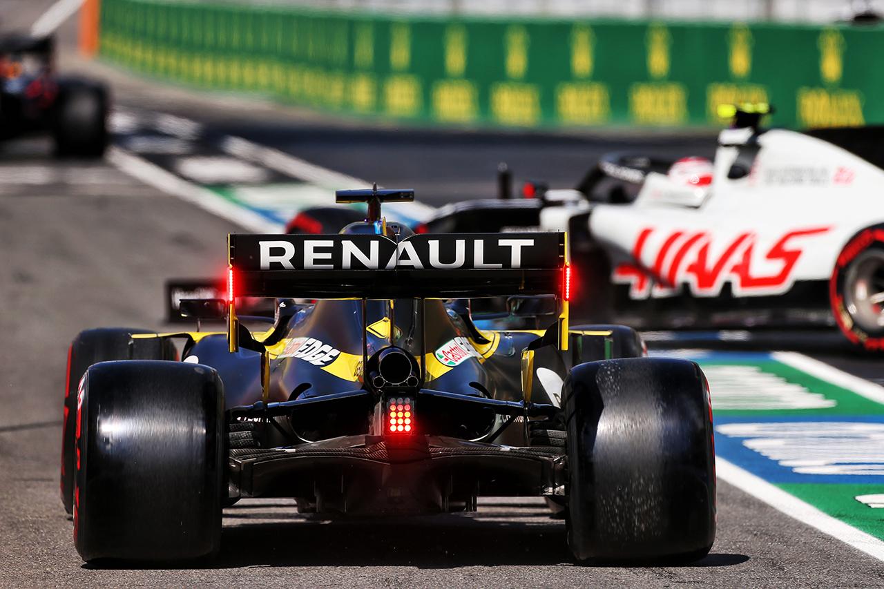 ルノーF1 「新たなエンジンパートナーを探している」