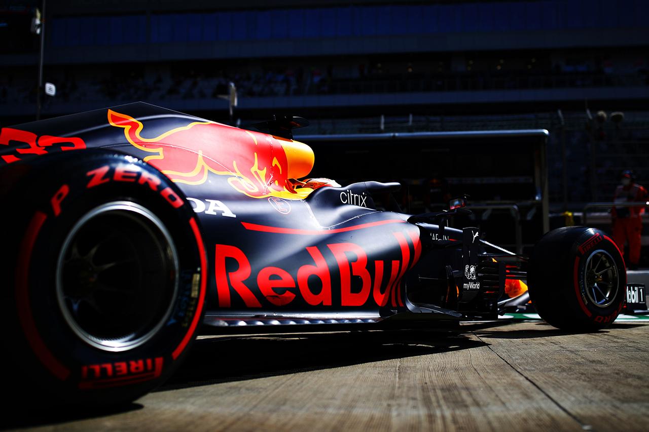 レッドブル・ホンダF1 分析:ローダウンフォース仕様の最適化が急務 / F1ロシアGP 金曜フリー走行