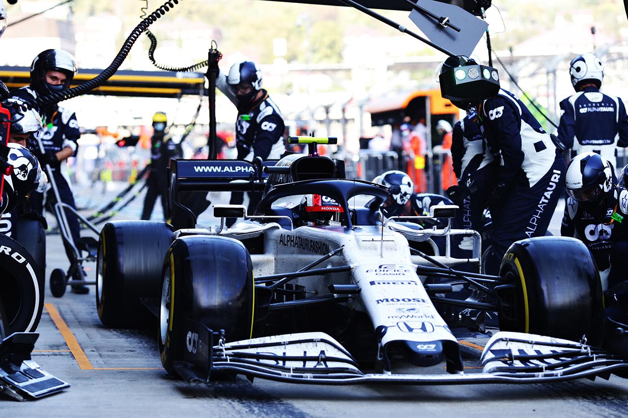 アルファタウリ・ホンダF1代表 「ガスリーをピットに入れるのが遅れた」 / F1ロシアGP 決勝