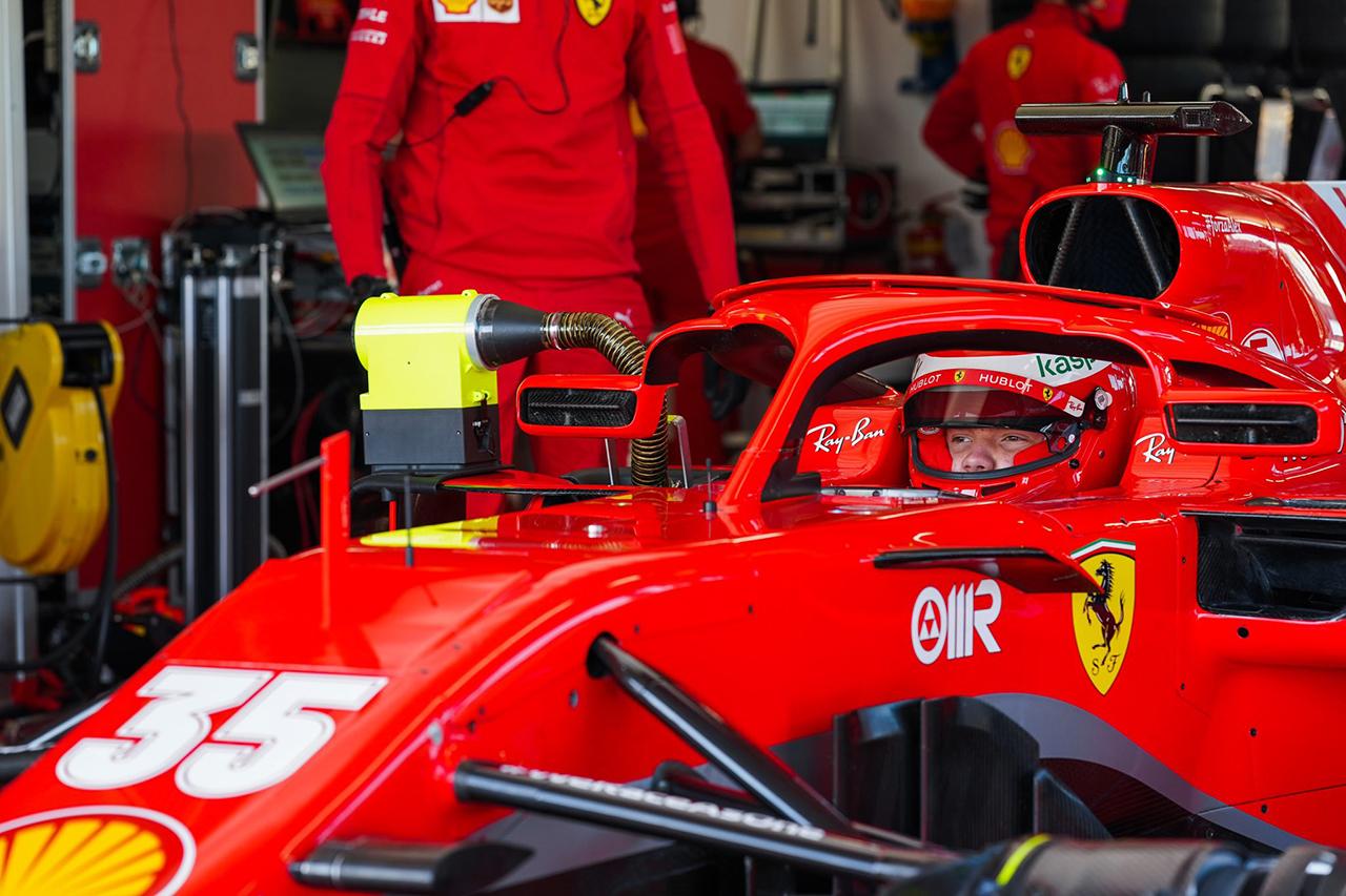 ロバート・シュワルツマン、フェラーリのF1マシンで初走行