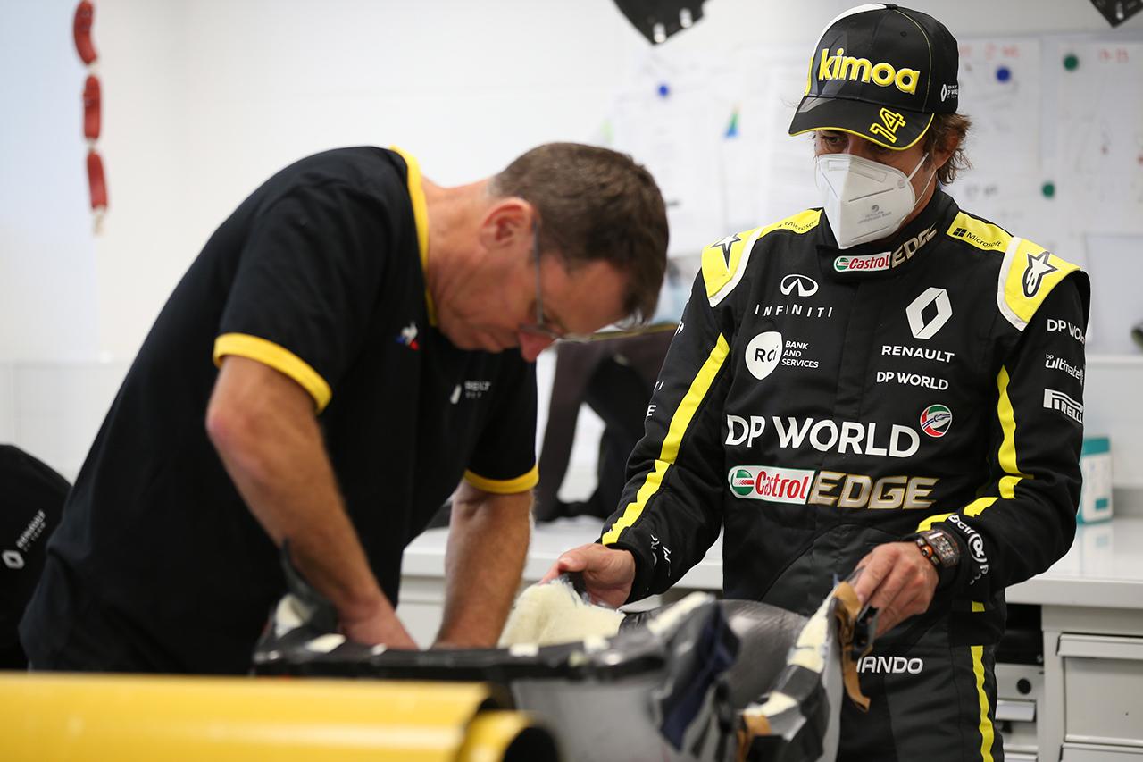 フェルナンド・アロンソ、ルノーF1の2020年マシンをテスト