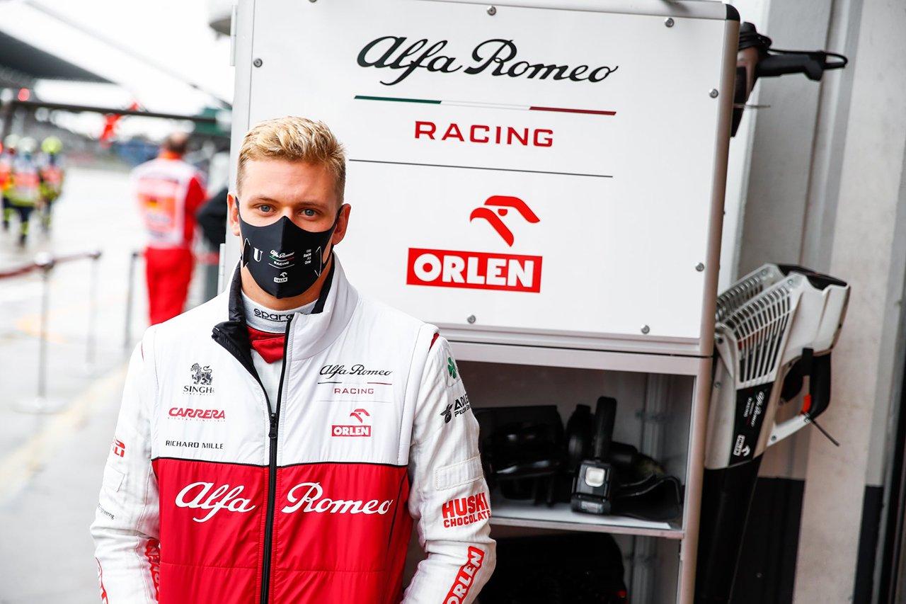 ミック・シューマッハ、走行できずも「プラクティスへの取り組みは有益」 / アルファロメオ F1アイフェルGP 金曜フリー走行