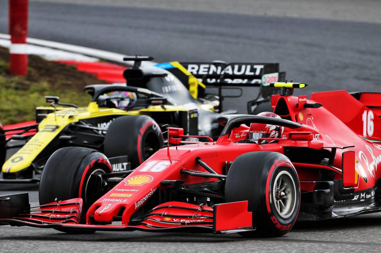 フェラーリとルノー、2022年F1マシンの最初のクラッシュテストに合格