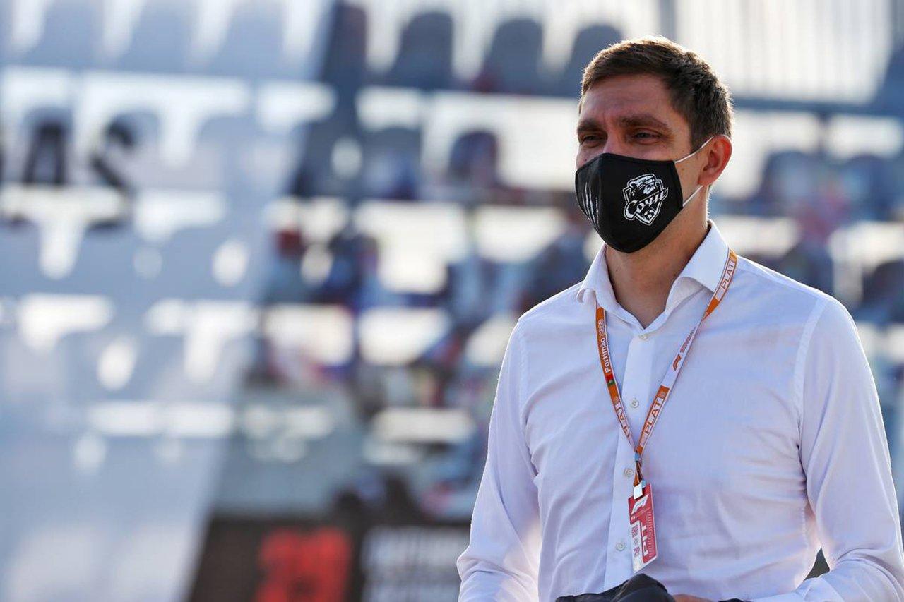 ヴィタリー・ペトロフ、父親が撃たれて死亡との報道…スチュワードを辞任 / F1ポルトガルGP