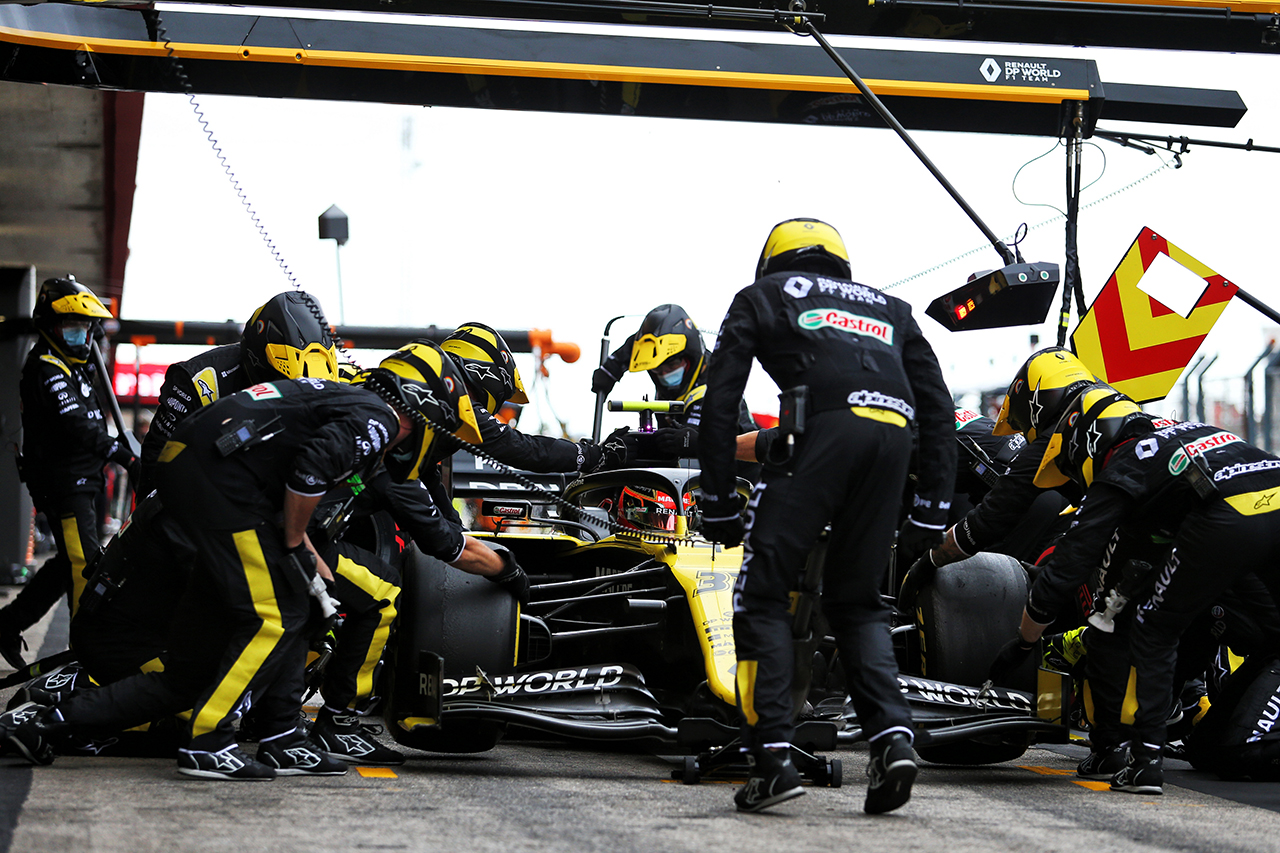 エステバン・オコン 「ミディアムタイヤは0ストップも可能だった」 / ルノー F1ポルトガルGP 決勝