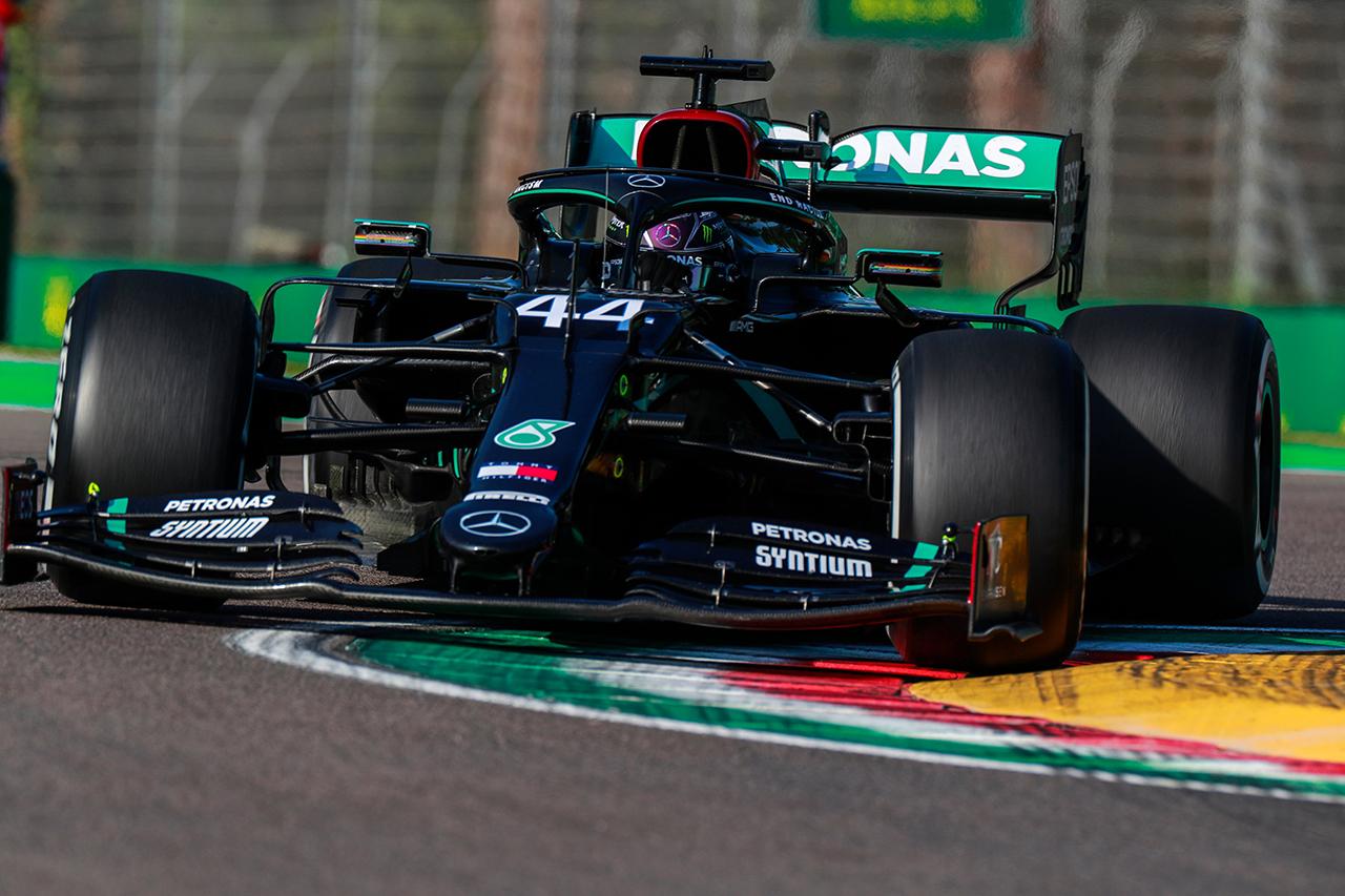 F1エミリア・ロマーニャGP FP:ルイス・ハミルトンがトップタイム。ホンダF1勢はフェルスタッペン2番手で全4台がトップ10入り