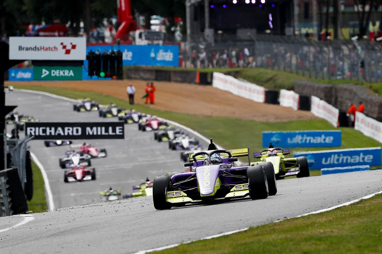 2021年のF1世界選手権:8戦でWシリーズをサポートレースとして開催 ...