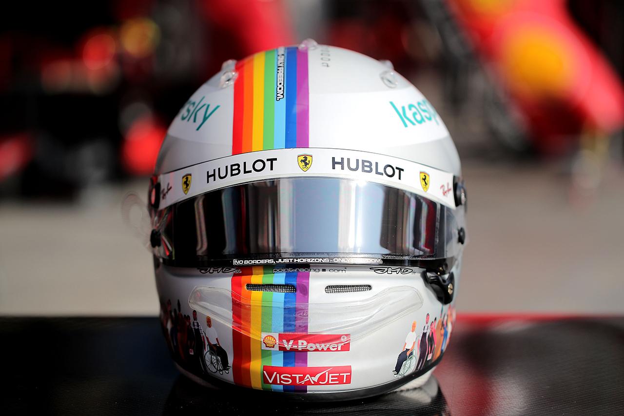 セバスチャン・ベッテル F1トルコGP スペシャルヘルメット / フェラーリF1