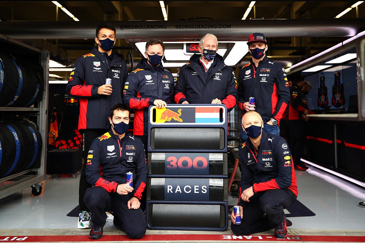 Photo of レッドブルF1代表チームのF1通算300試合を振り返る[F1-Gate.com]