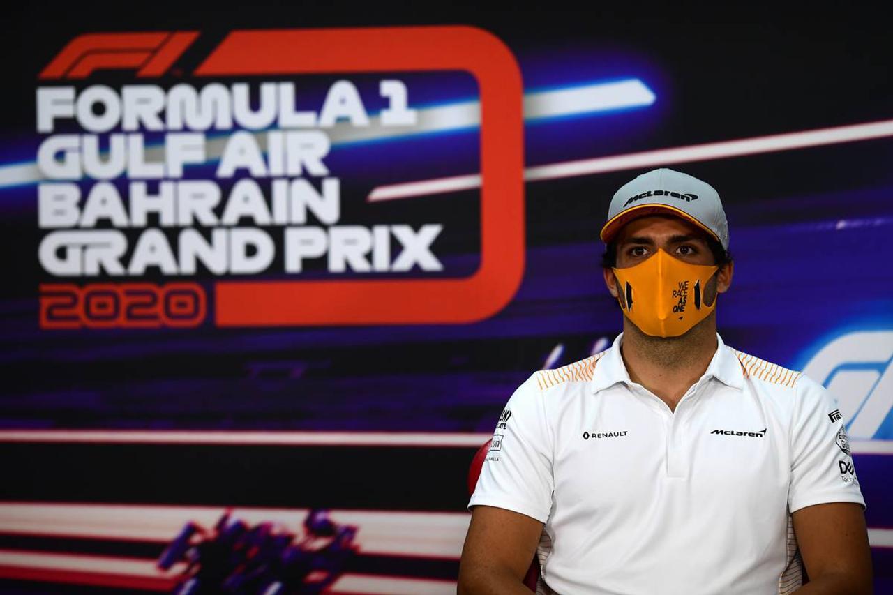 カルロス・サインツ 「フェラーリの2018年F1マシンでのテストも視野」 / F1バーレーンGP 木曜記者会見