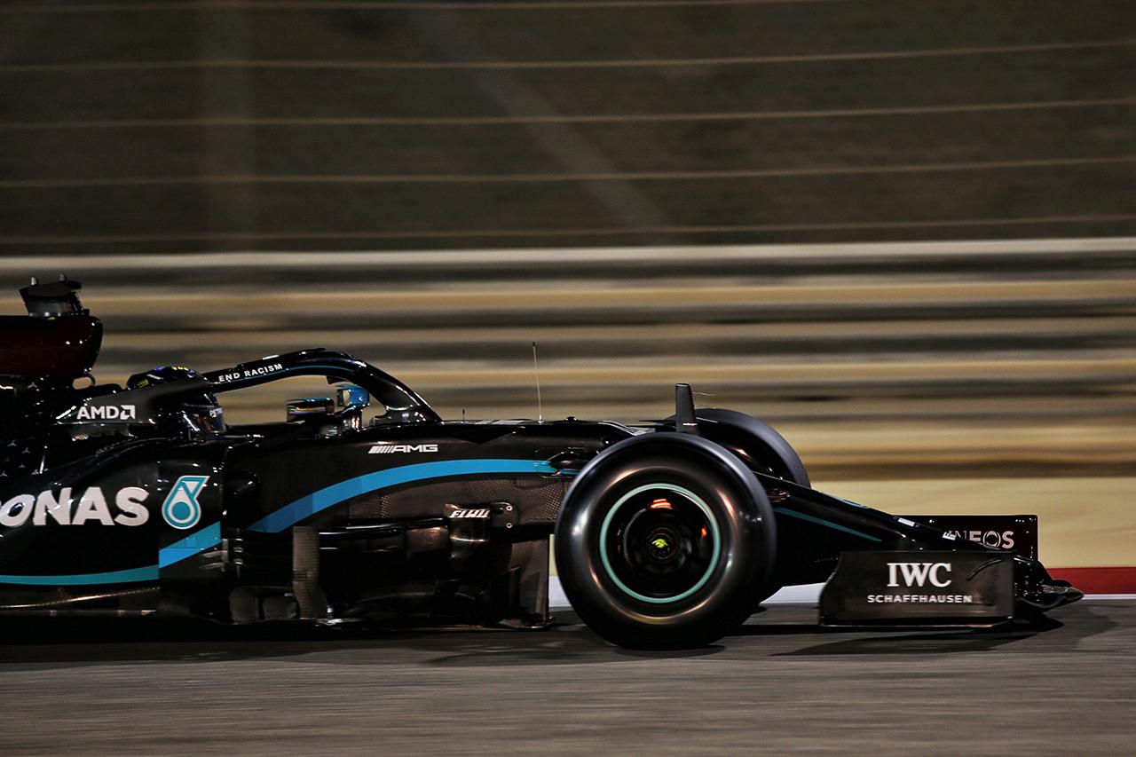 ルイス・ハミルトン、ピレリの2021年F1タイヤを酷評「2年かけてこれ?」 / F1バーレーンGP 金曜フリー走行