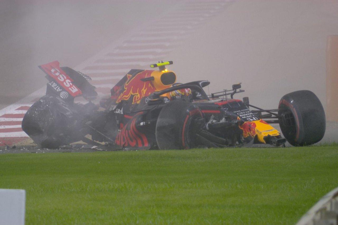 レッドブル・ホンダF1代表、アルボンの事故に苛立ちも「気持ちを切り替えろ」 / F1バーレーンGP 金曜フリー走行