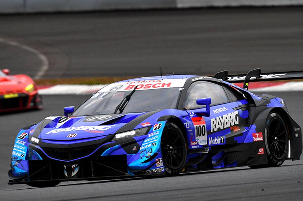 スーパーGT:レイブリック NSX-GTが最終ラップで大逆転優勝&王座獲得