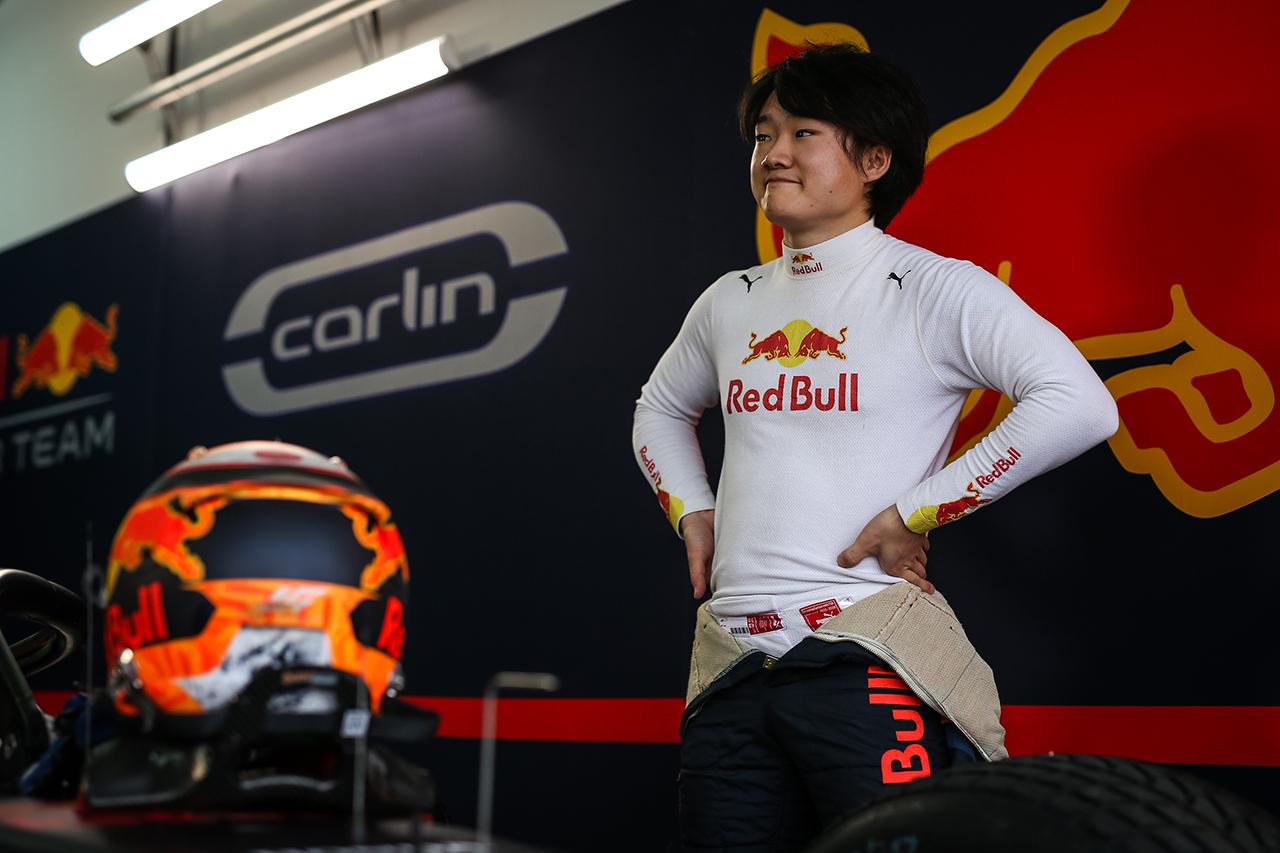 """Photo of 角田裕毅最後尾から6位フィニッシュ」のレースに向けて積極的になることができる """"/ FIA-F2 11ラウンド、バーレーンのレース1[F1-Gate.com]"""