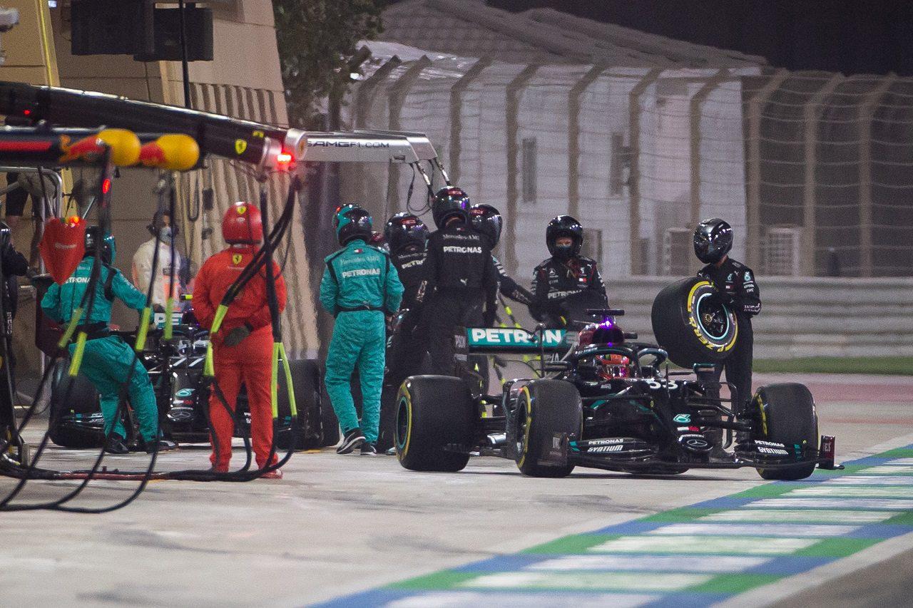 F1:メルセデスのサヒールGPでのタイヤ装着ミスを受けて技術規則を明確化