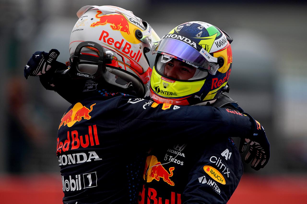メルセデスF1 「ペレスがいなければ少なくとも1台は2ストップにしていた」 / F1フランスGP 決勝