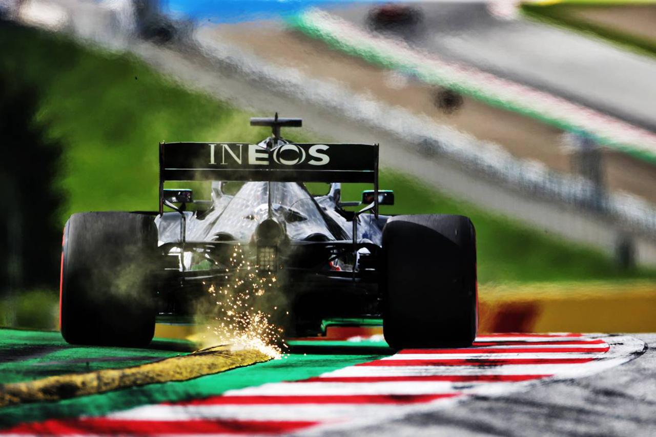 メルセデスF1技術者 「開幕の遅れでF1エンジンの信頼性問題を解決できた」
