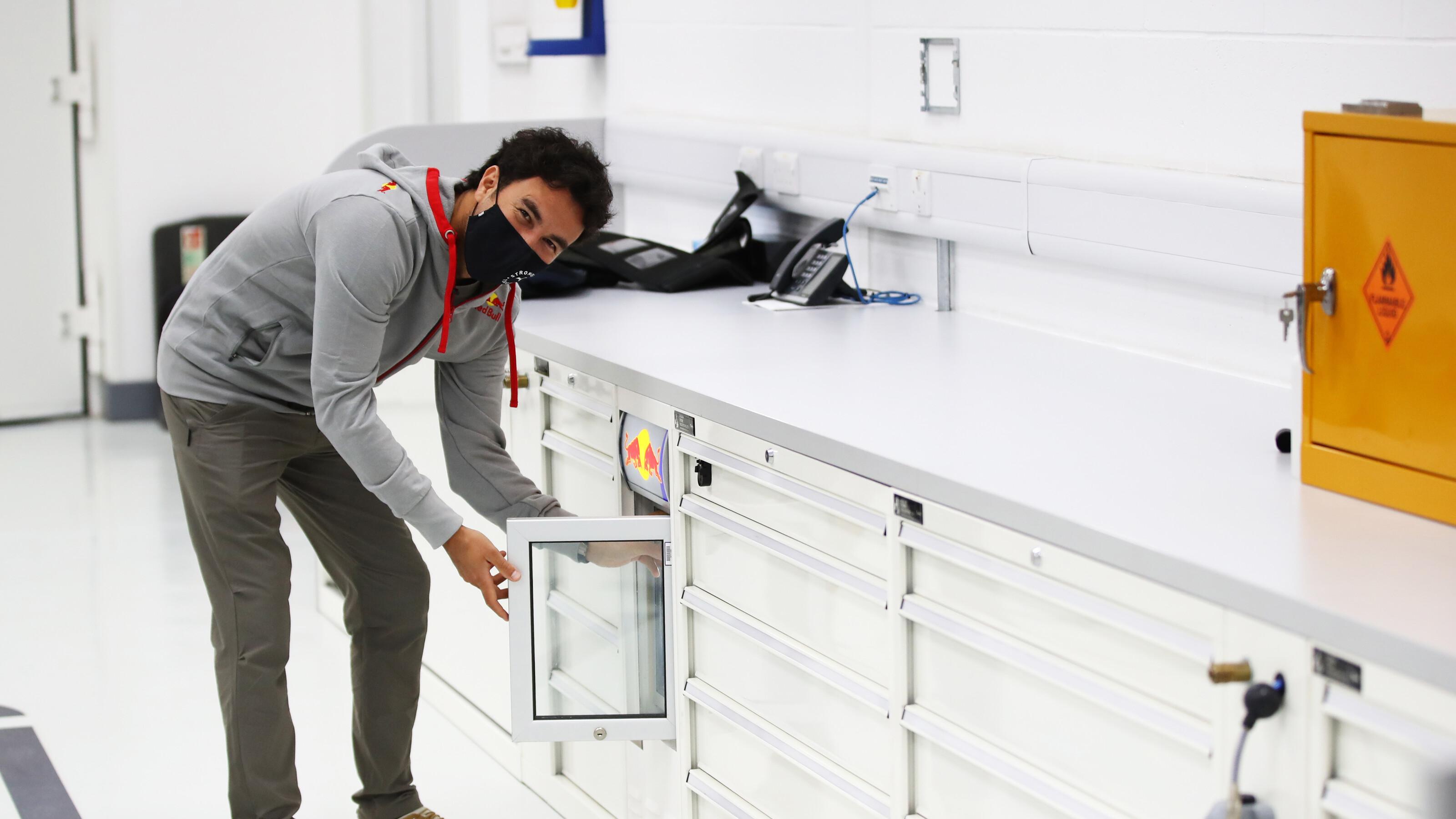セルジオ・ペレス、レッドブル・ホンダF1のドライバーとして始動⑨