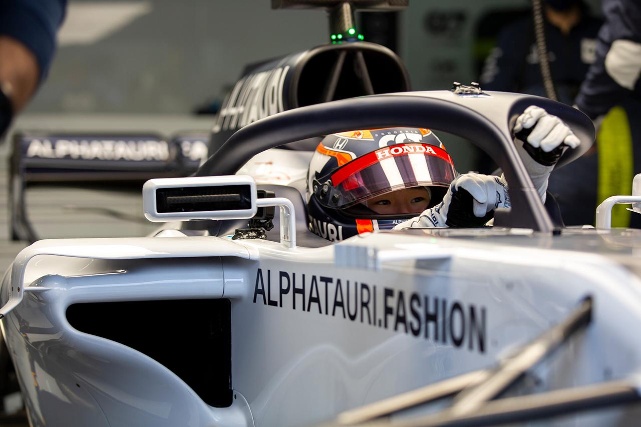 角田裕毅、アルファタウリ・ホンダF1の旧型マシンでさらにテスト