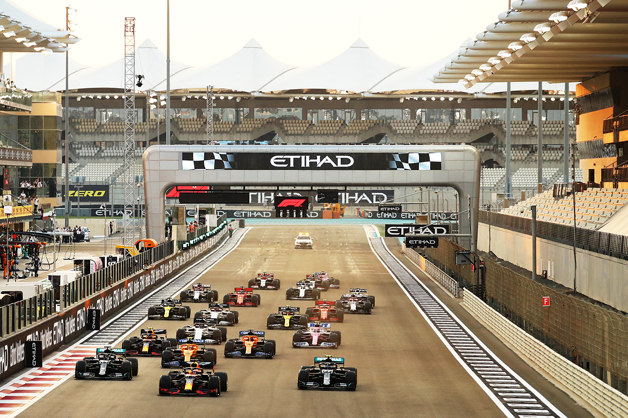2021年のF1世界選手権:セッション開始時刻を発表