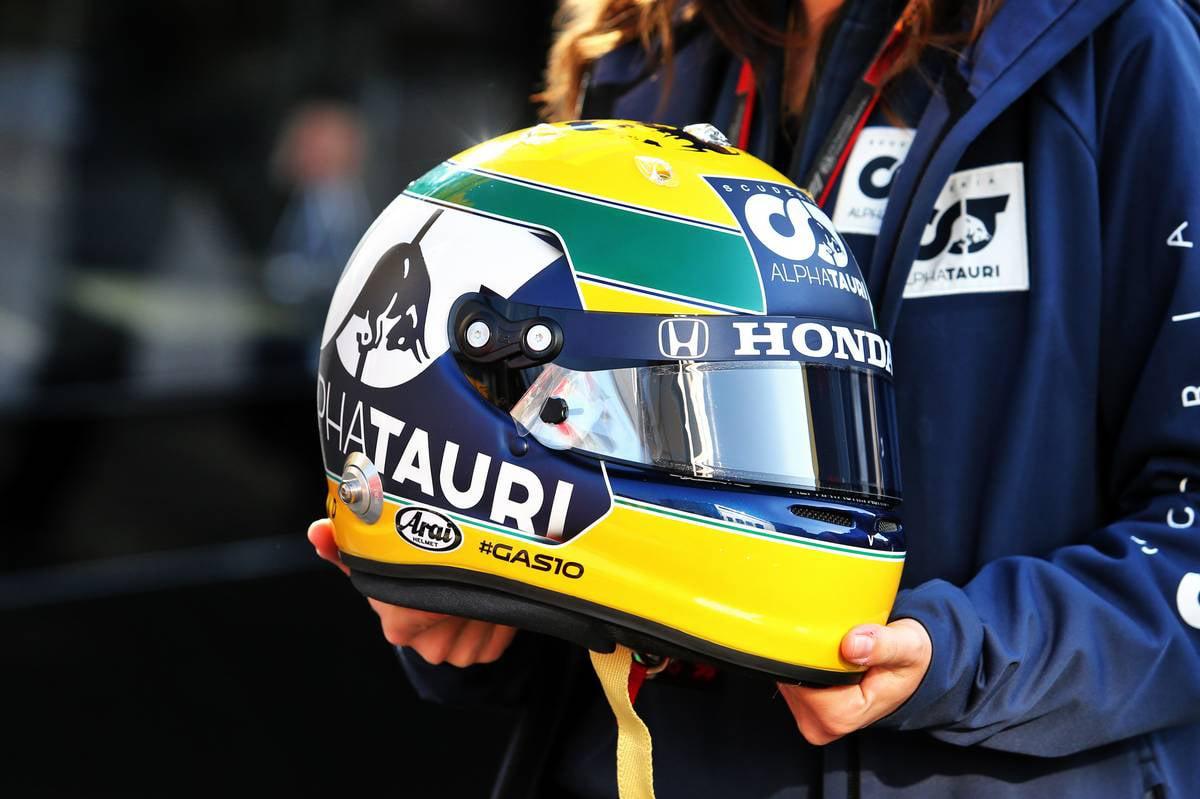 ピエール・ガスリー(アルファタウリ・ホンダ) 2020年 F1エミリア・ロマーニャGP(イモラ) アイルトン・セナ トリビュートヘルメット