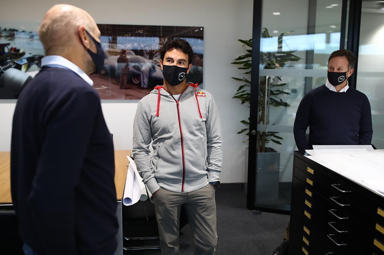 レッドブルF1のセルジオ・ペレス、エイドリアン・ニューウェイに感銘