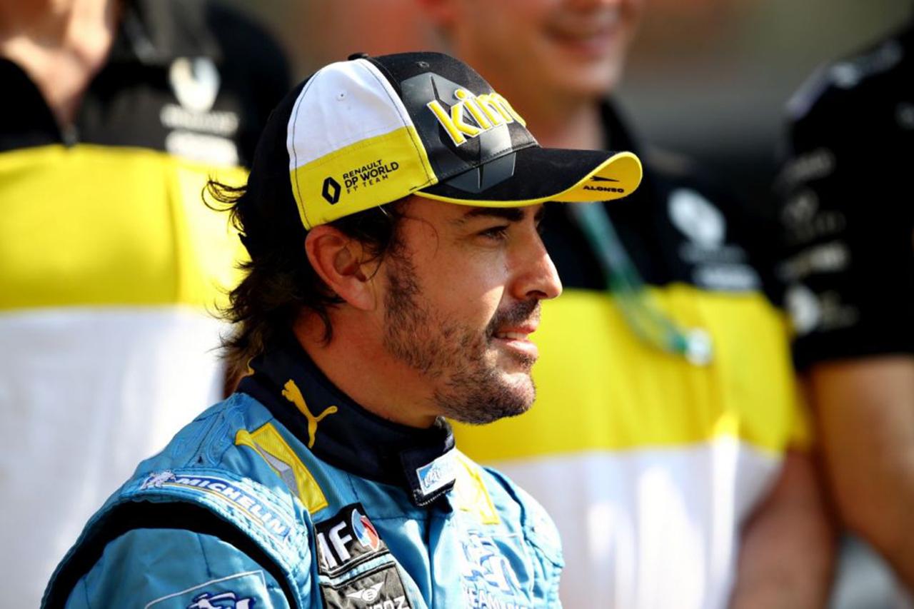 「フェルナンド・アロンソはF1プレシーズンテストに参加できる」と医師