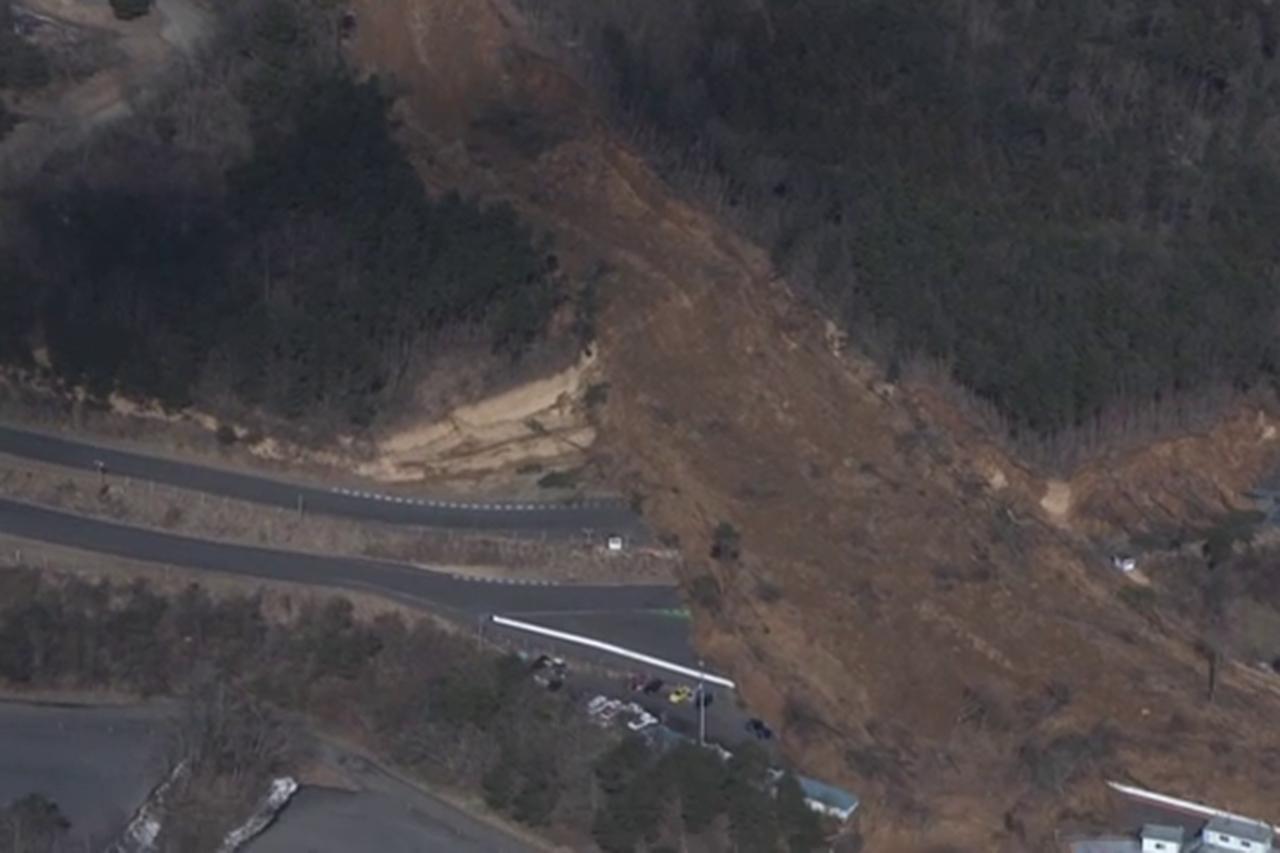 エビスサーキット、地震による土砂崩れで土砂がコースを塞ぐ