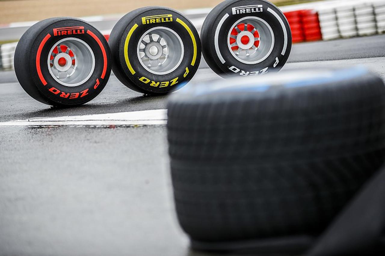 ピレリ、2021年のF1世界選手権の全23戦のタイヤコンパウンド選択を発表