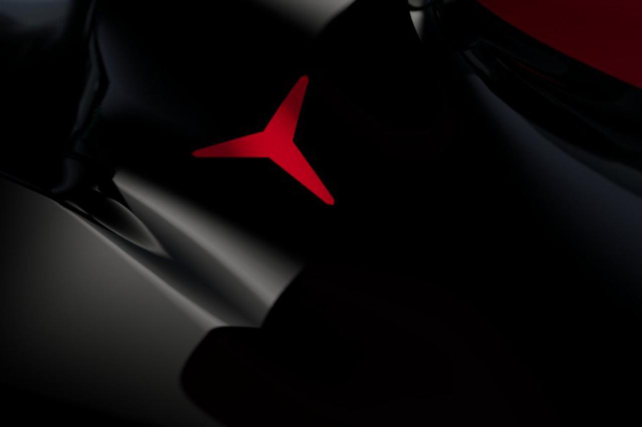 メルセデスF1、2021年F1マシン『W12』のカラーリングをチラ見せ