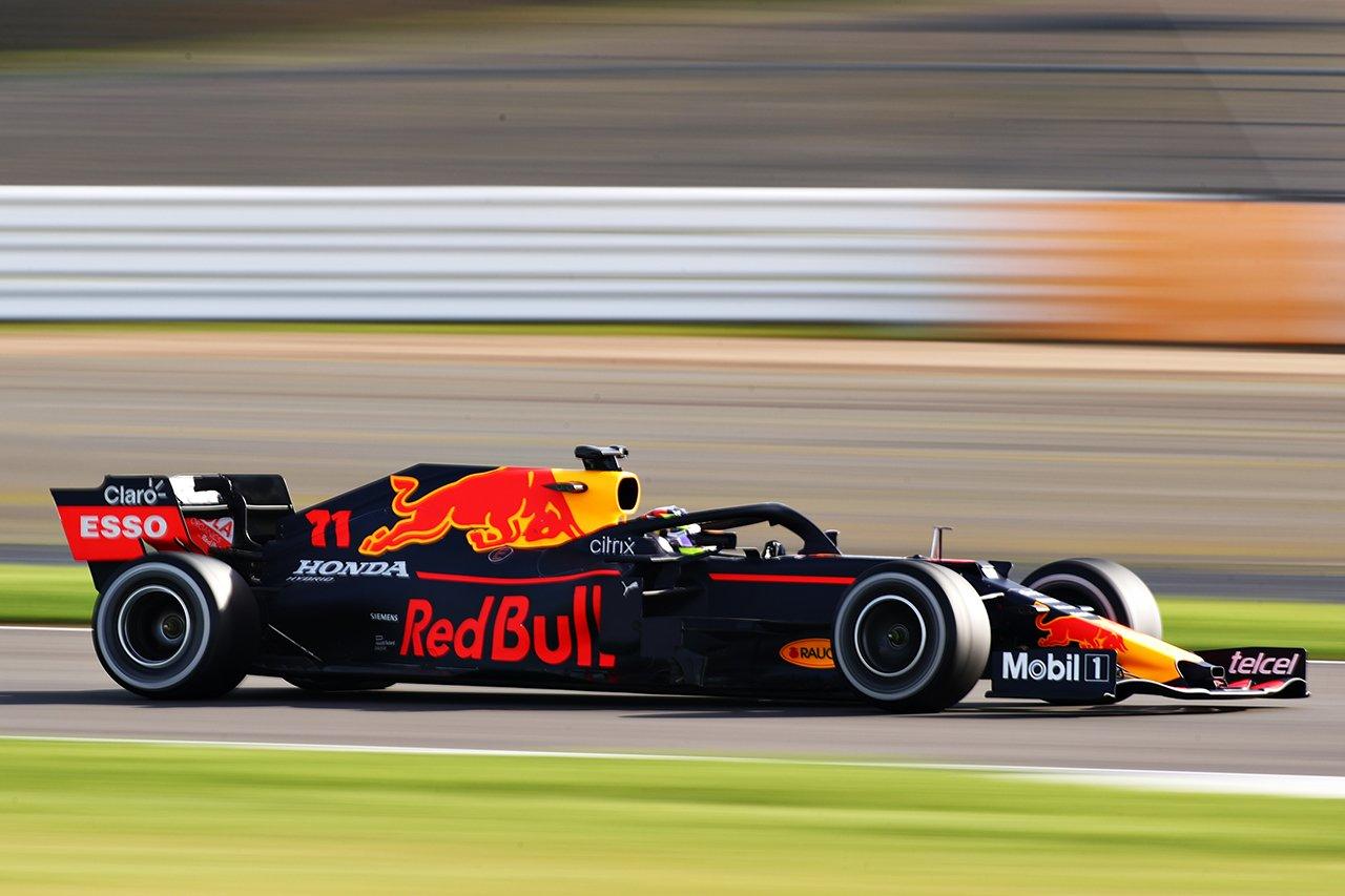 レッドブル・ホンダF1、アメリカ・モビルとのスポンサー契約を発表