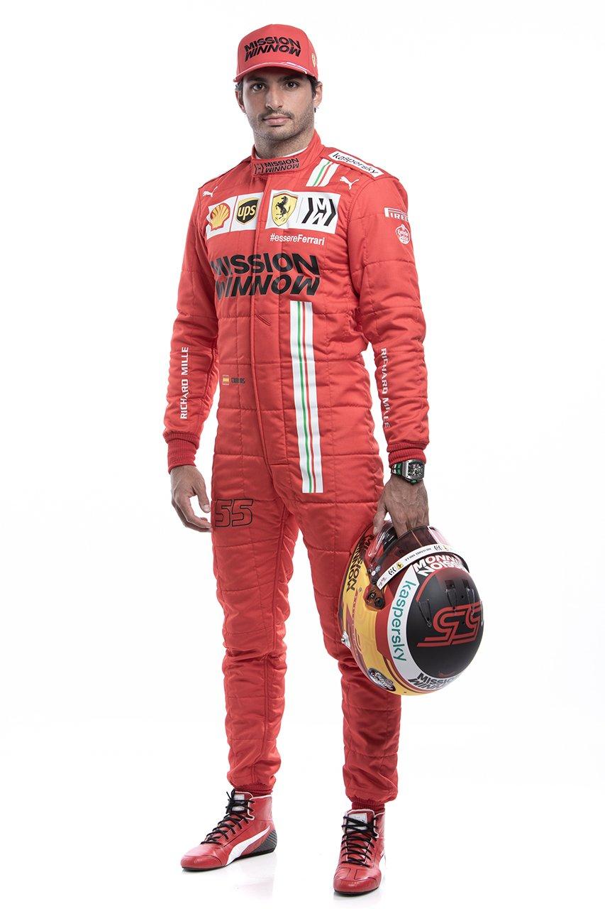 フェラーリ F1 2021年 レーシングスーツ:カルロス・サインツ