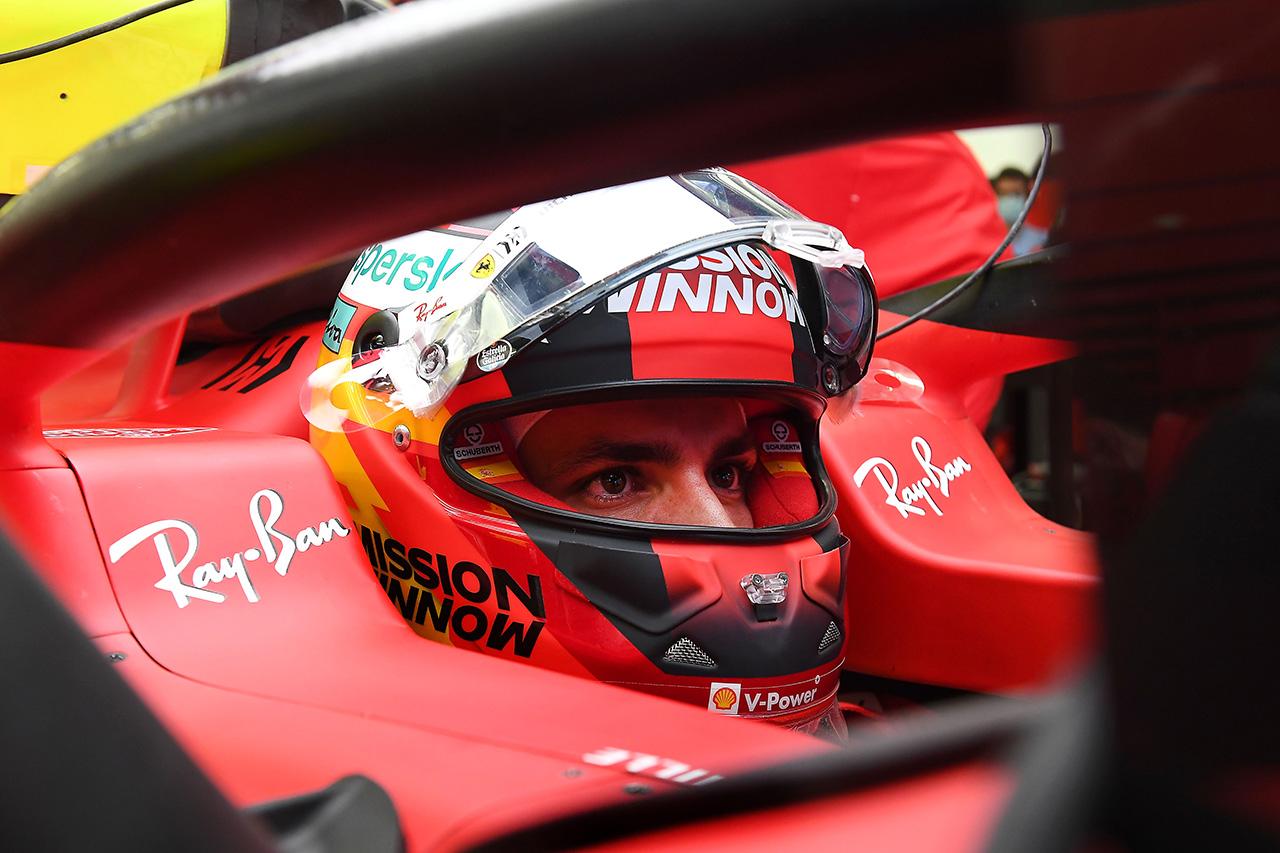フェラーリF1のカルロス・サインツ 「開幕戦の準備はまったくできていない」 / 2021年F1プレシーズンテスト1日目