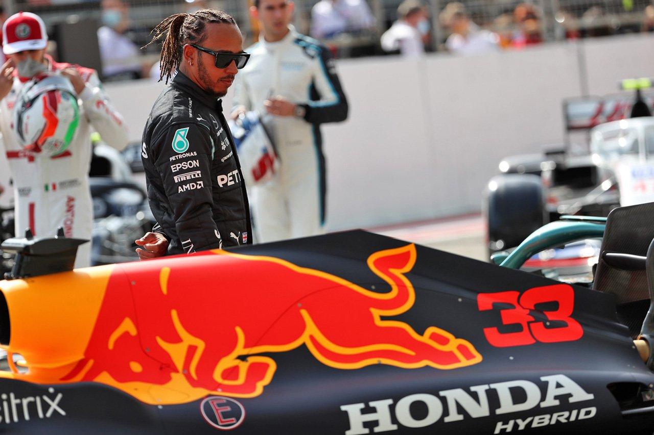 メルセデスF1のルイス・ハミルトン 「2021年のレッドブル・ホンダはまったくの別物」