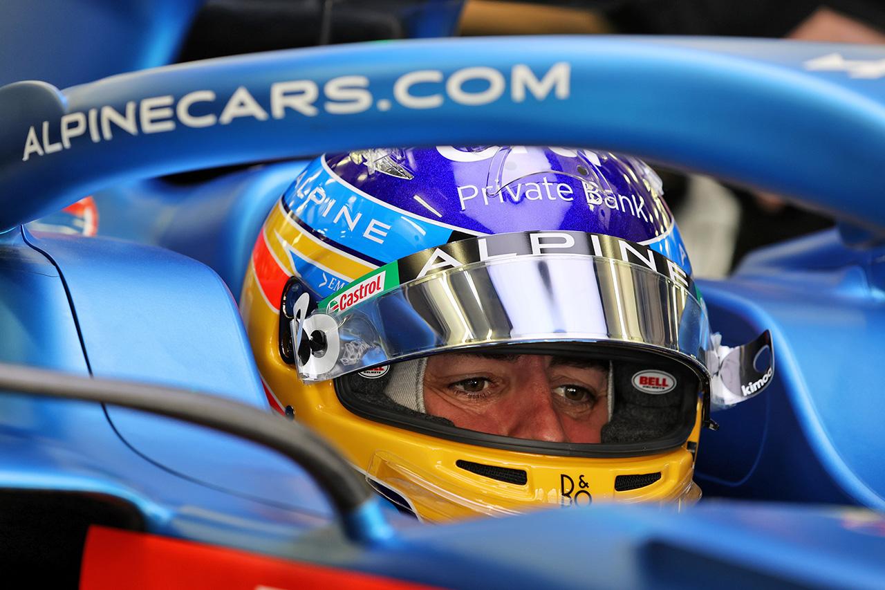 レッドブルF1首脳 「アロンソはアルピーヌF1での復帰初年度に苦労する」