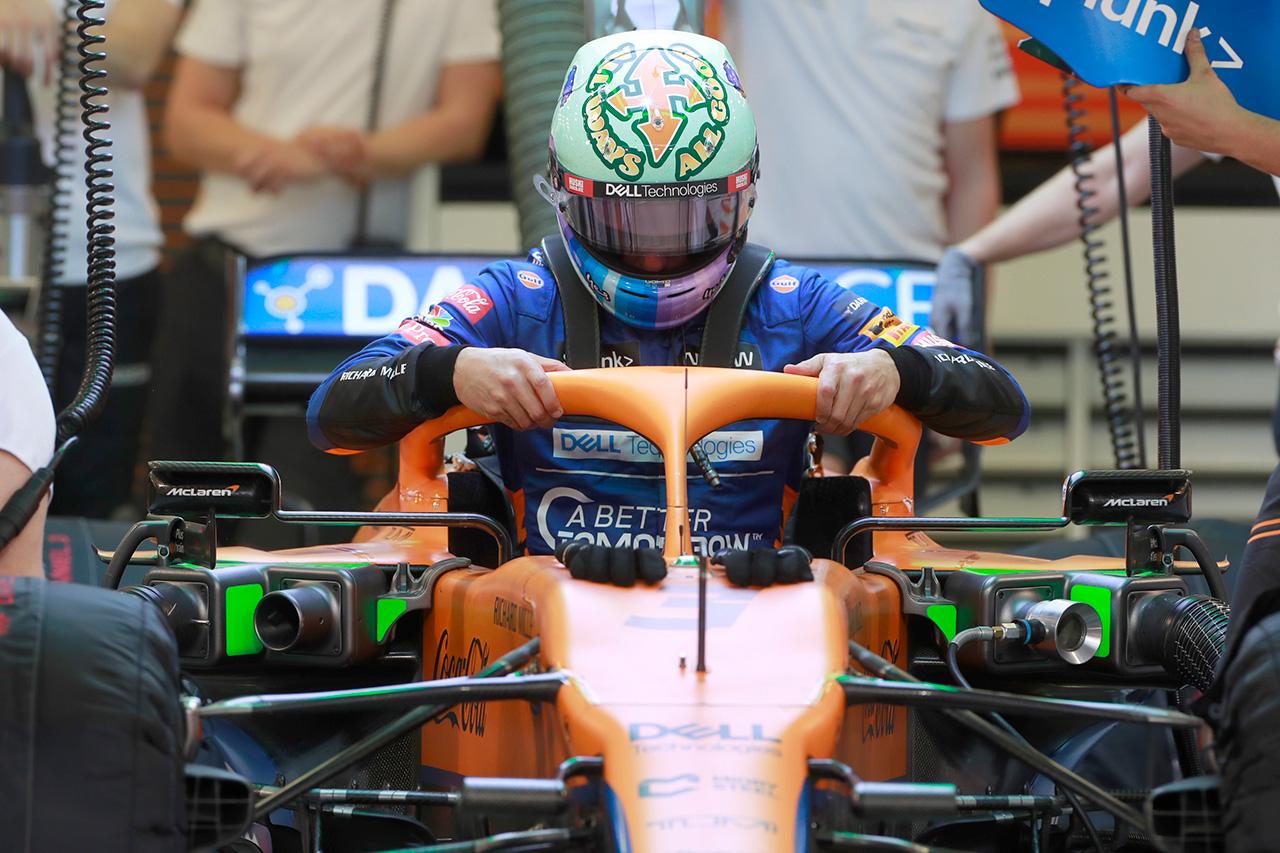 ダニエル・リカルド 「まだマクラーレンのF1マシンのブレーキに適応中」