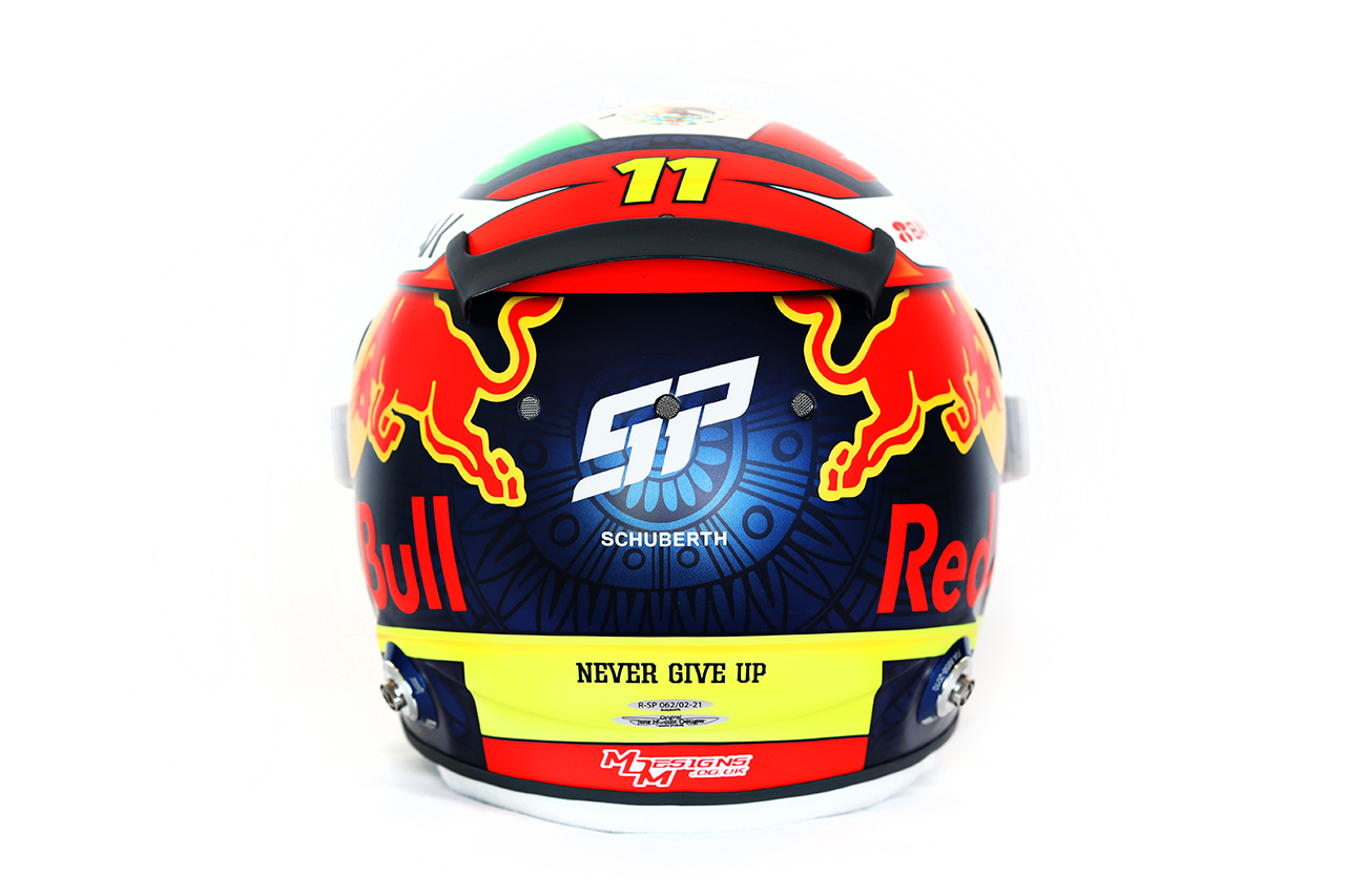 セルジオ・ペレス 2021年 F1ヘルメット 背面(レッドブル・ホンダF1)