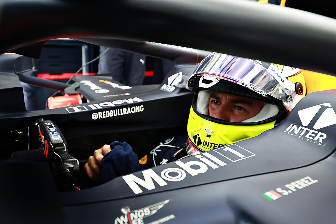 セルジオ・ペレス 「まだマシンを手中に収めている感じではない」 / レッドブル・レーシング・ホンダ F1バーレーンGP 初日