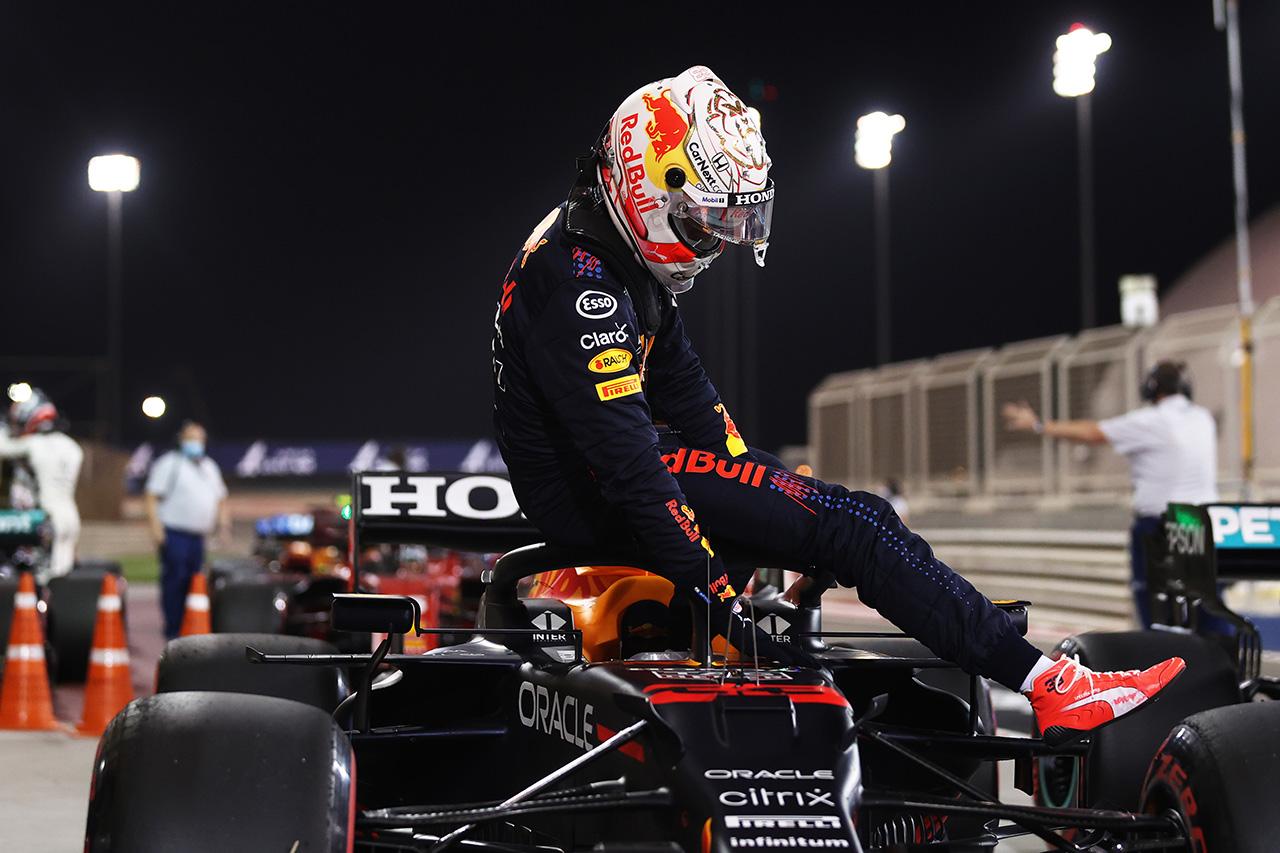 レッドブルF1代表 「フェルスタッペンのマシンに0.1秒相当の損傷があった」 / F1バーレーンGP 予選