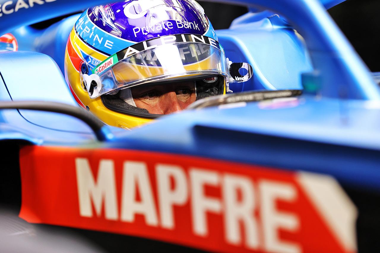 フェルナンド・アロンソ、貫禄の復帰戦9番手「この感覚が恋しかった!」 / アルピーヌ F1バーレーンGP 予選