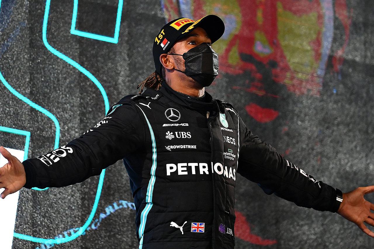 ルイス・ハミルトン、フェルスタッペンとの最後の攻防は「恐ろしかった」  / メルセデス F1バーレーンGP決勝