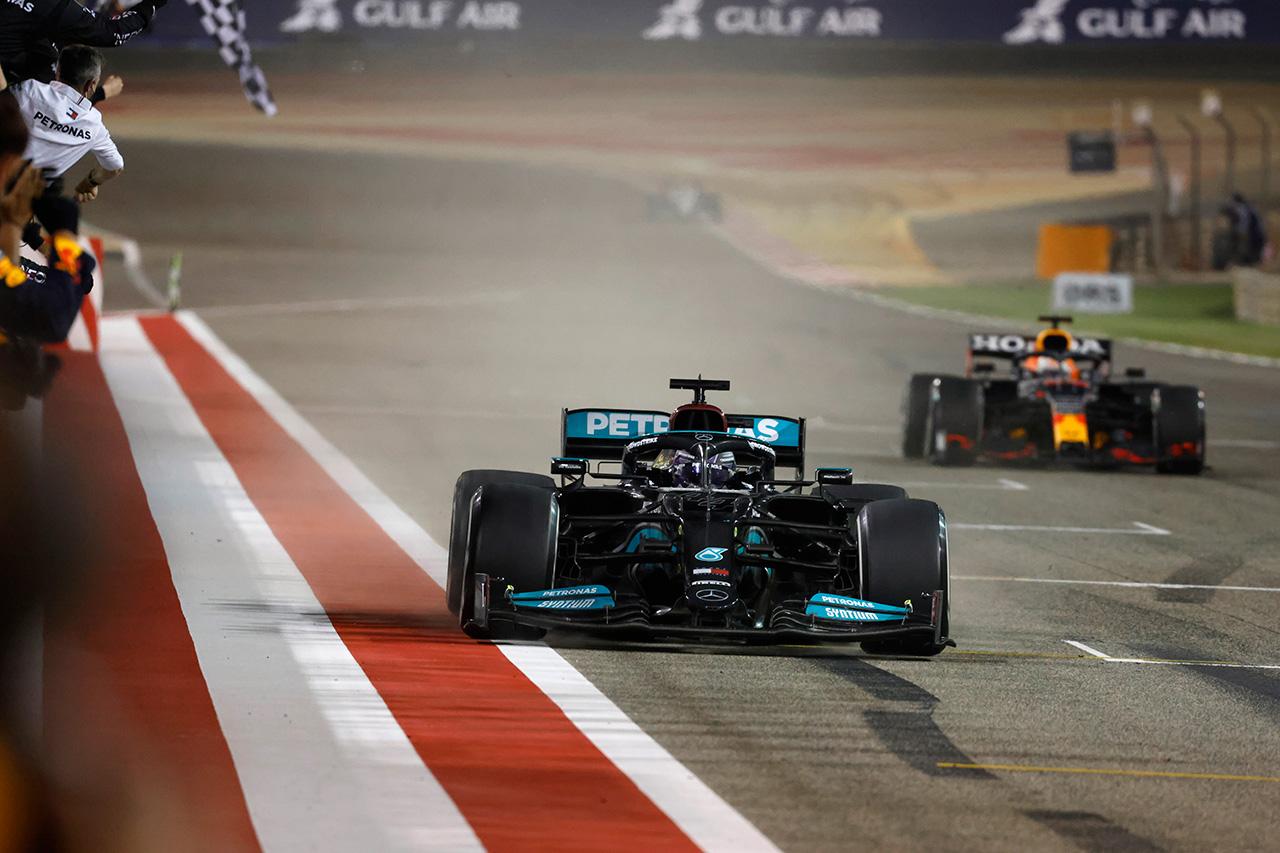 メルセデスF1代表 「予選ペースは負けている。レースの神が味方した」 / F1バーレーンGP決勝